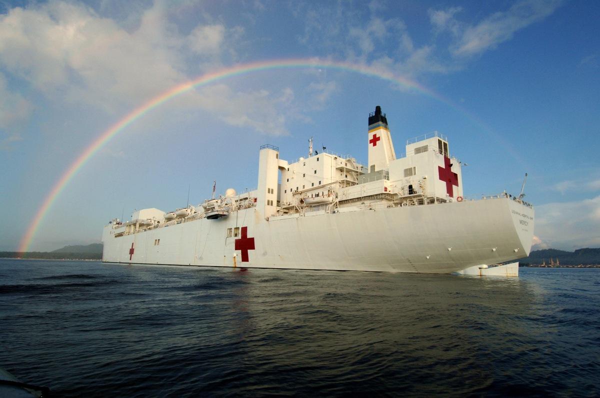 Buques hospital. El USNS Mercy.