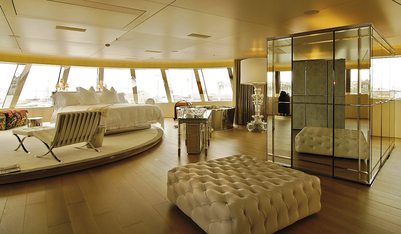 https://vadebarcos.files.wordpress.com/2014/04/yacht-a-interior-owner-suite-photography-by-anja-wippich.jpg