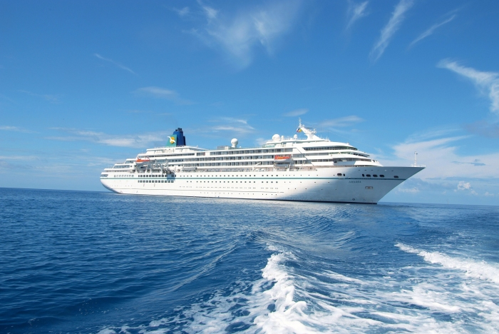 ms-Amadea-at-sea