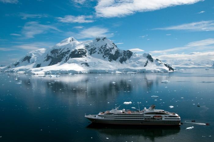Le-Boreal-Antarctica-Cruise-2