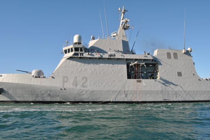 buque_de_accion_maritima_rayo_p-42_20130819_1900013128