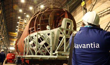 Imagen del submarino s-80 en el taller de construccion
