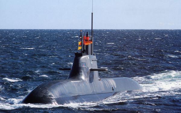 SubmarinoU-212A en navegacion