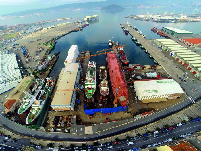 «Panorámica Nodosa Shipyard 2015» de Danicarba84