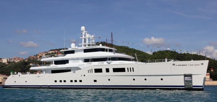 11044-perini-navi-launch-the-73m-superyacht-grace-e