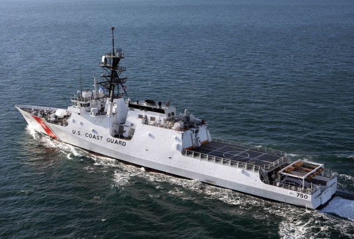 SHIP_CGC_NSC_Bertholf_Machinery_Trials_Rear_lg