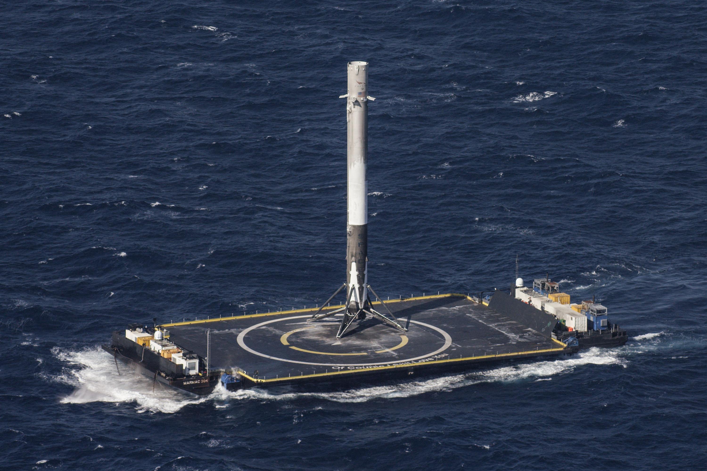 Resultado de imagen de buque dron space x