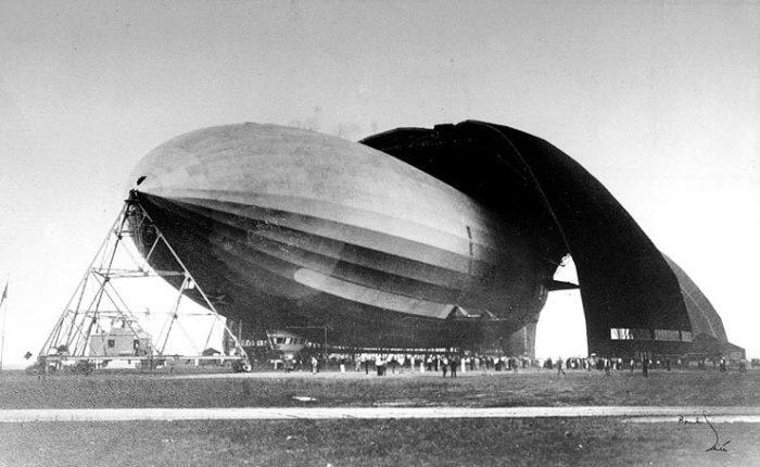 GEO_Akron_Airdock_1931_lg