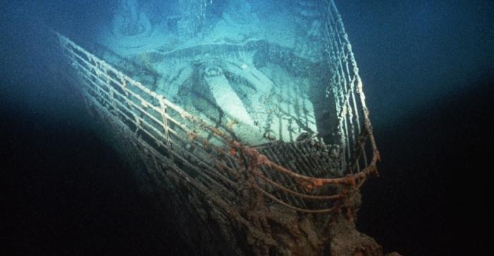 sunken-titanic-bow-p