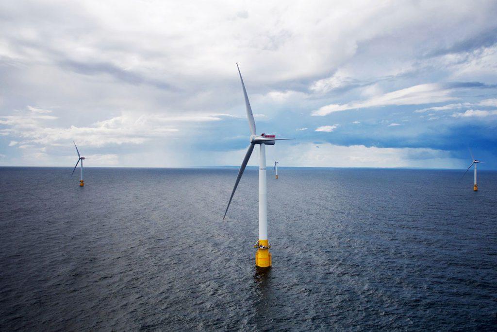 Conectado a la red Hywind, el primer parque eólico marino flotante