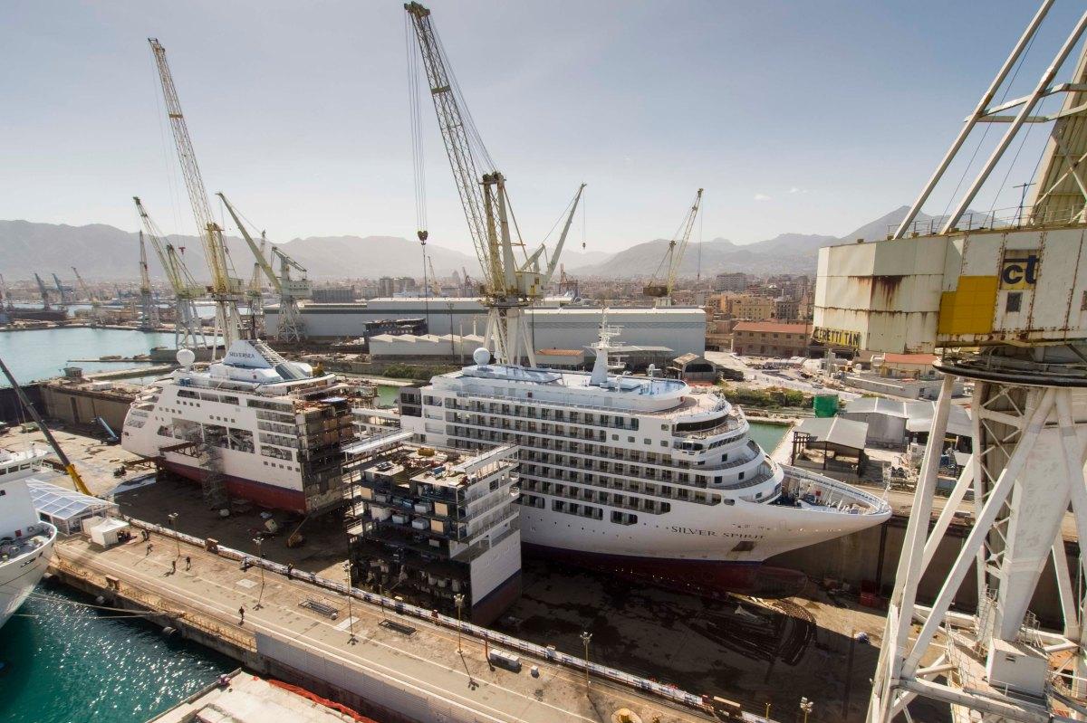 El alargamiento del crucero Silver Spirit resumido en dos minutos